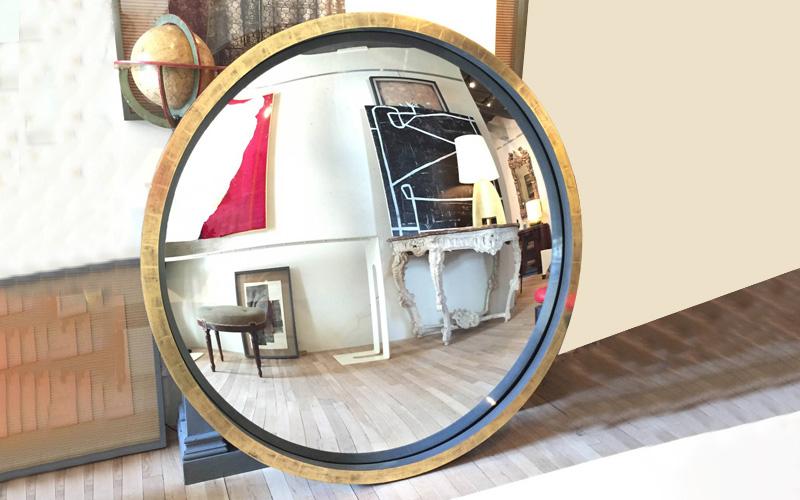 Neoclassical Convex Mirror